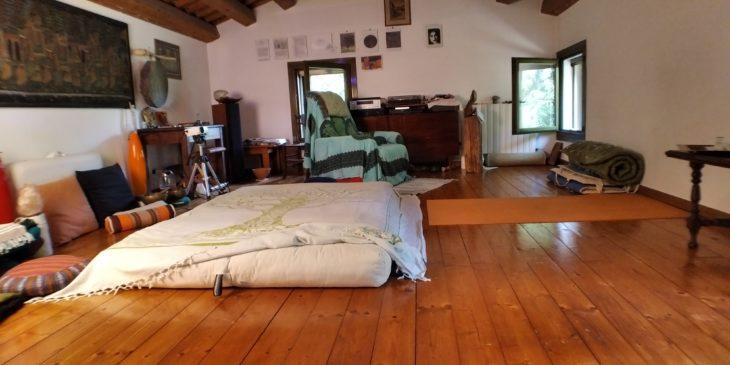 studio di riflessologia plantare con futon
